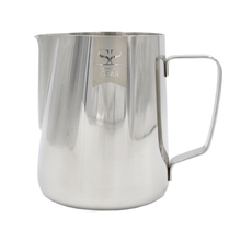Espresso Gear - Classic Pitcher with Measuring Line 0.9l