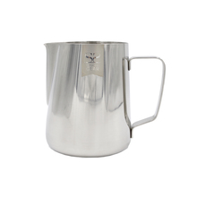 Espresso Gear - Classic Pitcher with Measuring Line 0.4l