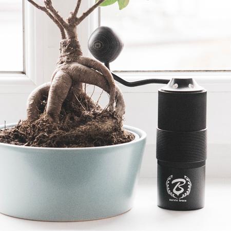 Barista Space - Hand Grinder - Black (outlet)
